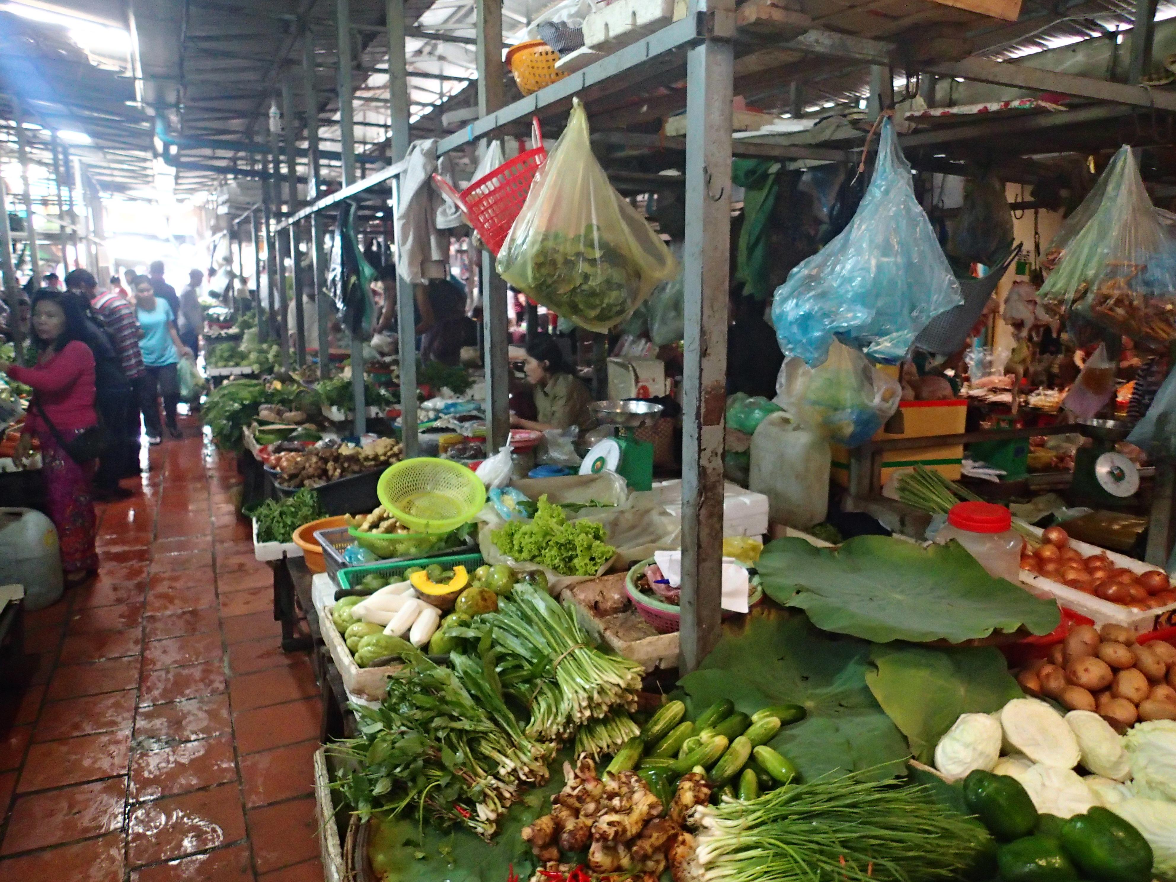 Morning Market in Phnom Pehn