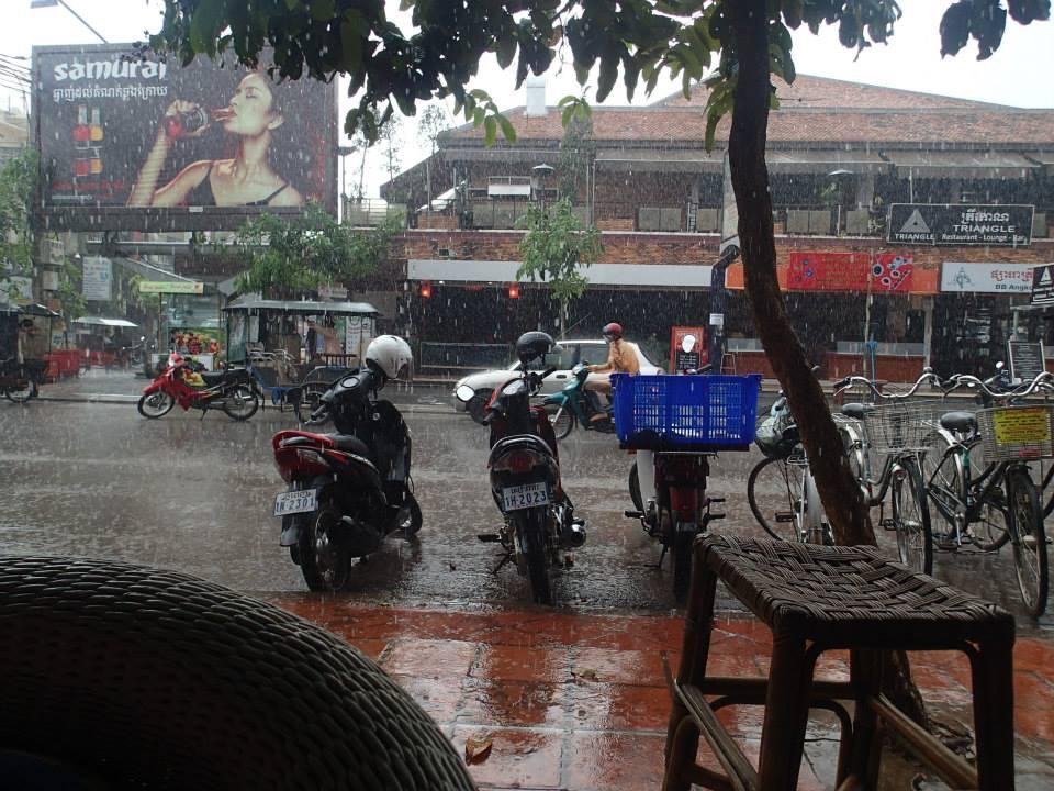 the-red-piano-rain