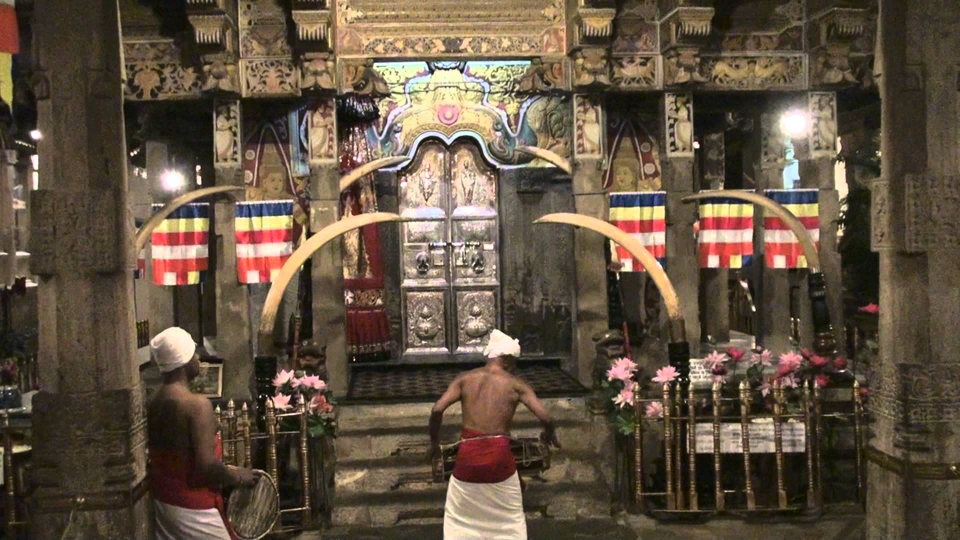 day5 - temple tooth relic8